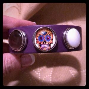 Jewelry - Purple leather snap bracelet with skull snap